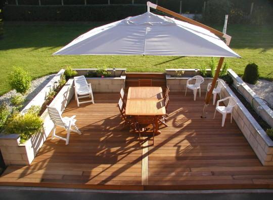 Jardin net paysagiste dallage de vos terrasses for Jardin avec terrasse bois